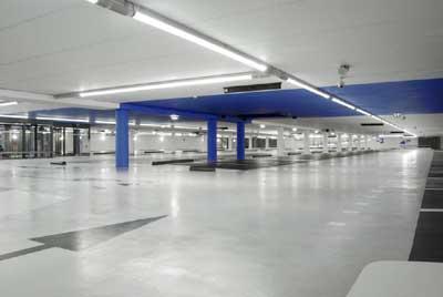 er werden veel vragen gesteld door de buurt over de verlichting in de parkeergarage daarom hebben we de verlichting aangepakt de lampen zijn inmiddels